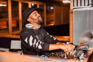 DJ Vitoto – The Man Of Drumz Live Mix
